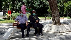Kurban Bayramı öncesinde emeklilere 11 milyar lira bayram ikramiyesi ödendi