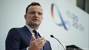 Almanya Sağlık Bakanı: Önemli olan ilk olmak değil