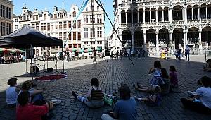 Belçika'da sıcak hava etkili oluyor