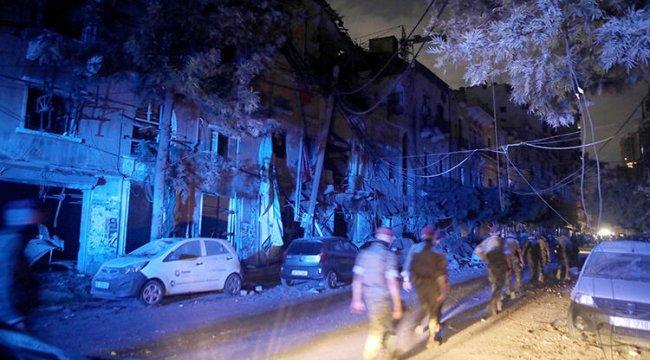 Büyük patlamanın meydana geldiği Lübnan başkenti Beyrut'ta OHAL ilanı