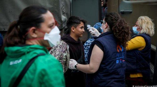 Türkiye'den Midilli'ye geçen sığınmacılarda korona çıktı