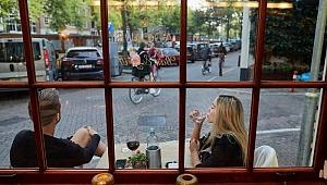 Koronavirüs: Hollanda'da üç hafta katı önlemler uygulanacak, en büyük üç kente giriş-çıkışlar kontrol altına alınacak