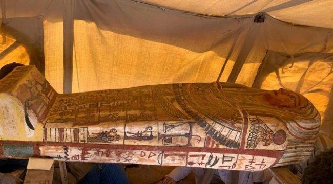 Mısır'da heyecan verici keşif: 27 lahit bulundu