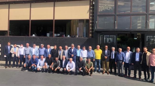 Rafet Orhan daha güçlü bir İstanbul Sinopspor için Sinop İş Adamları İle kahvaltıda bir araya geldiler
