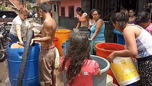 Venezuela'da Su Protestoları Artıyor