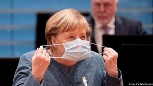 Merkel ikinci bir kapanmaya karşı uyardı