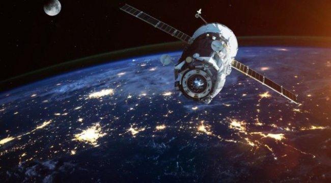 Uzmanlar uyardı: Sovyet uydusuyla Çin roketi çarpışacak