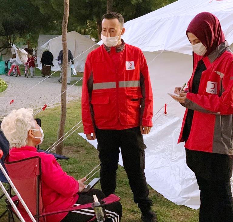 Kızılay'dan İzmir'deki Depremzedelere Psikososyal Destek