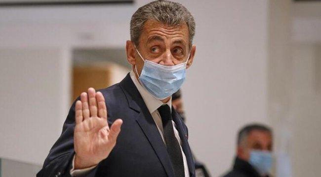 Sarkozy, cumhurbaşkanlığı dönemindeki 'kirli' ilişkilerin hesabını veriyor