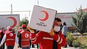 Türk Kızılay'dan ihtiyaç sahibi Rum ailelere gıda yardımı