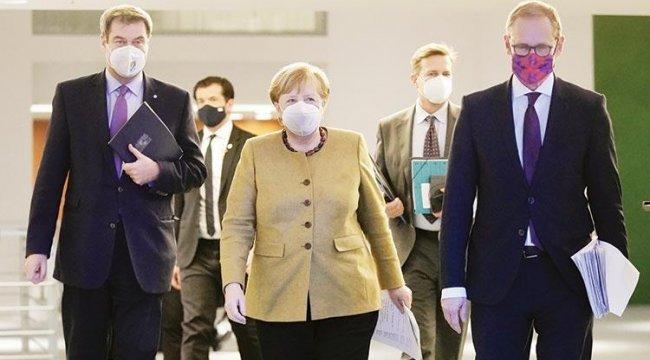 Merkel'in halefi bugün seçiliyor