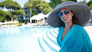 Rus turistlerin gözü Türkiye'de