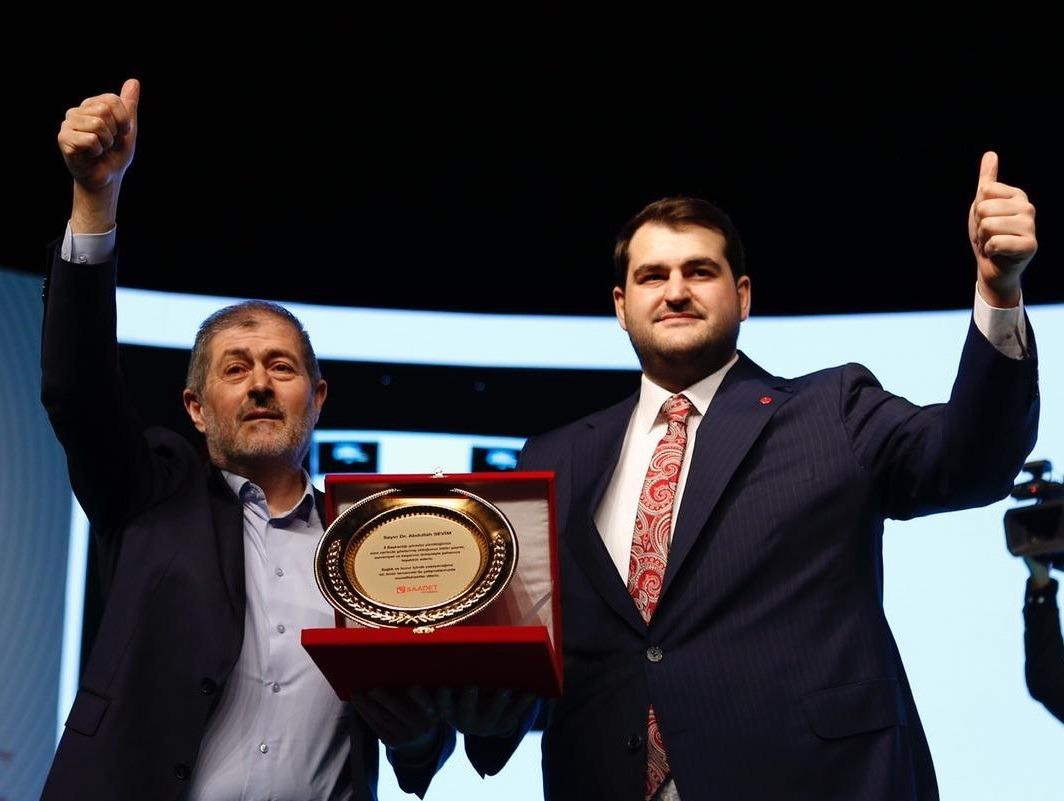 Saadet Partisi İstanbul 7. Olağan Kongresi'nde Ömer Faruk Yazıcı il başkanı oldu.