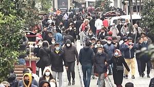 İstiklal Caddesi'nde 'pes' dedirten kalabalık