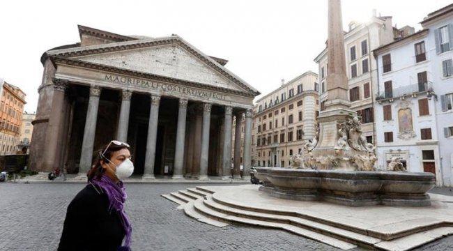 İtalya'da koronavirüs aşısı olanların sayısı 20 milyonu geçti