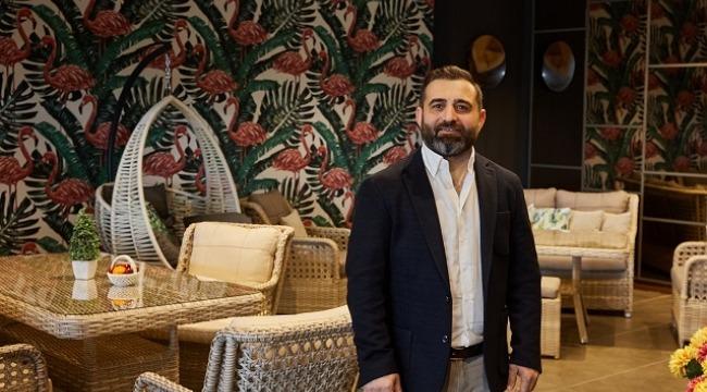 Dijital Dünyanın Enleri Ödül töreninde Türkiye'nin En İyi Bahçe ve Balkon Mobilya markası ödülü
