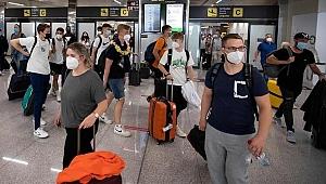 İngiltere'ye bir kötü haber de Hong Kong'dan: Tüm uçuşları yasaklanıyor!