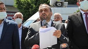 Saadet Partisi Küçükçekmece ilçe Başkanı Çürük seçim ittifakı değil geçim ittifakı diye basın açıklamasını yaptı.