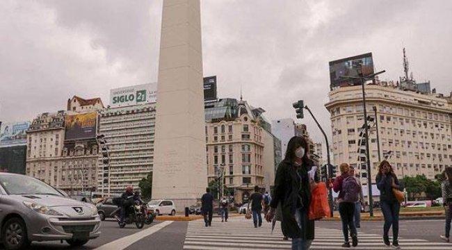 Arjantin'de Kovid-19'dan ölenlerin sayısı 100 bini geçti