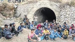 Taliban'dan kaçan Afgan göçmenler:
