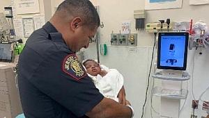 ABD'de polis, ikinci kattan atılan 1 aylık bebeği tuttu