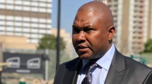 Johannesburg Belediye Başkanı trafik kazasında hayatını kaybetti