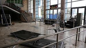 Kabil Havalimanı'nda milyonlarca dolarlık zarar