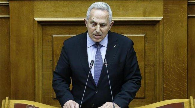 Yunanistan'da Sivil Koruma Bakanlığına getirilen Apostolakis, görevi kabul etmediğini açıkladı