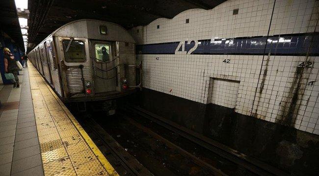 New York metrosunda biyolojik ve kimyasal saldırı testi!