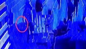 Son dakika haberleri... Esenyurt'ta çanta hırsızlığı kamerada