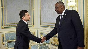Ukrayna Devlet Başkanı Zelenskiy, ABD Savunma Bakanı Austin'i kabul etti