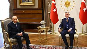 Bahçeli'nin Erdoğan'a Destek Kararı Muhalefeti İkiye Böldü!