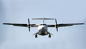 İçinde on kişi bulunan uçak kayıp