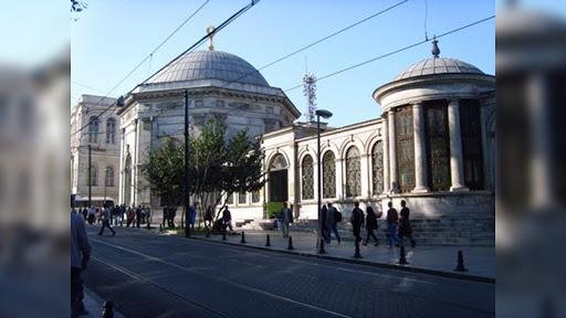 İstanbul Ulaşım'dan Abdulhamide Saygı