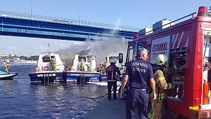 İstanbul'da 3 Deniz Taksi Yandı
