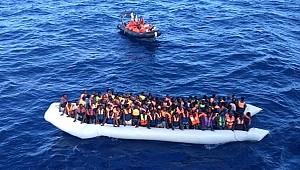 Libya açıklarında 10'u çocuk 156 göçmen kurtarıldı
