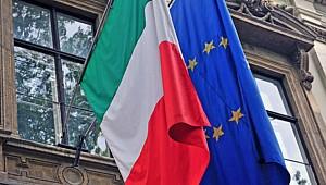 AB'den İtalya'ya yaptırım uyarısı