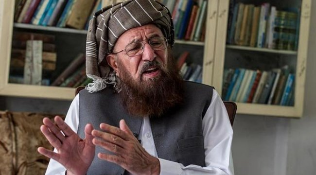 Pakistan'da, Ünlü isim bıçaklanarak öldürüldü…