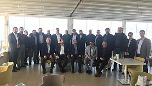 Yedi Hilal Derneği Bursa şubesi kahvaltı programında bir araya geldiler