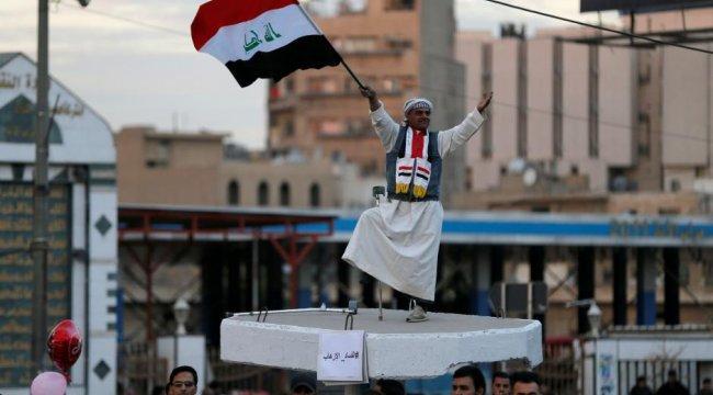 Irak'ta DEAŞ'a karşı zafer günü resmi tatil ilan edildi