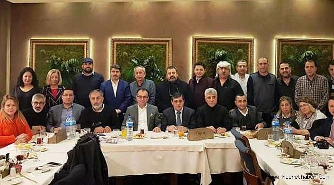 AYEDER Anadolu ve Avrupa Yakası Erzincanlılar Derneği Erzincanlı Gazeteciler Yemekte buluştu.