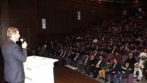 Küçükçekmece Anadolu Gençlik Dernek Başkanı Olgunöz'' İnsanlığın Kurtuluşu Ümmet Bilinci ile Olur dedi