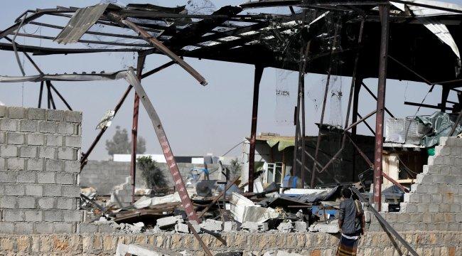 Yemen'de 5 yabancı mayın imha uzmanı öldü