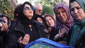 Kazada ölen annesini 'Allah'a emanet ol meleğim' diyerek uğurladı