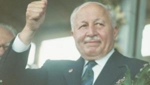 Prof.Dr.Necmettin Erbakan kimdir? (29 Ekim 1926 -27 Şubat 2011)
