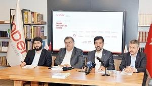 """""""Gazetelerde İmam Hatiplere Bakış 2018"""" raporunu açıkladı."""