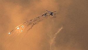 İsrail, Gazze'deki Hamas hedeflerine saldırıyor