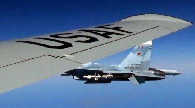 Rusya ve ABD Baltık Denizi'nde karşı karşıya geldi
