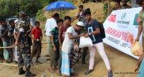 Arakan kan ağlarken Vuslat mülteciler için çıkarma yaptı